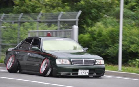 Автомобиль Boso VIP