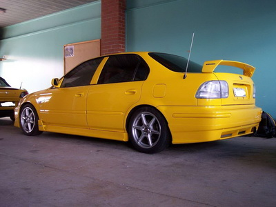 Honda Civic 6 Gen Yellow Sedan