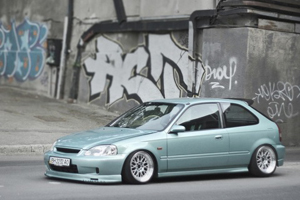 Honda Civic Low Stance