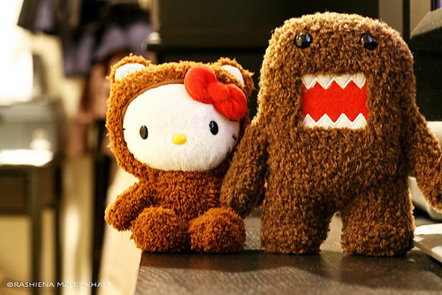 Hello Kitty & Domo-Kun