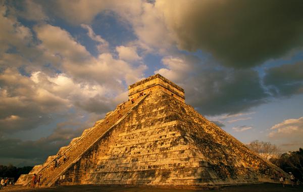 Пирамида МММ 2011 рухнула !