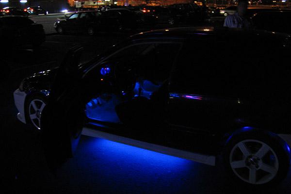 Honda Civic неоновая подсветка днища автомобиля и задних арок
