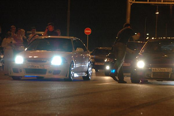 Ночные гонки на территории МГУ