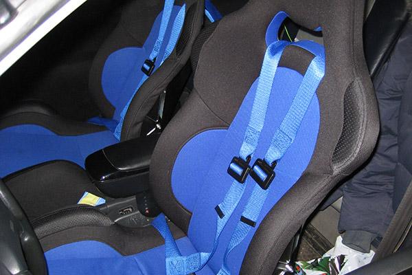 Спортивные сидения Isotta Stratos