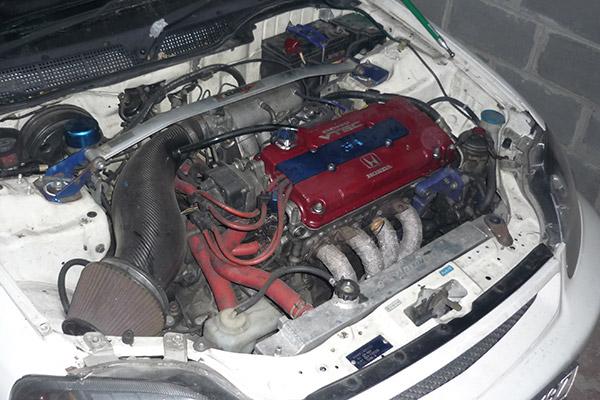 Моторный отсек Honda Civic EK9
