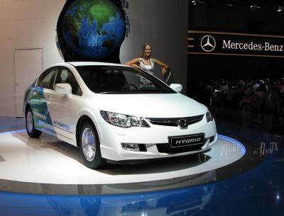 Honda продала 800 тысяч гибридов  - globoos[1].jpg